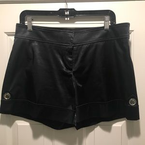Cache Shorts - Gorgeous and Gently Loved Black Cache Shorts